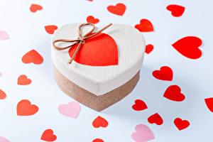 Hintergrundbilder Valentinstag Geschenke Herz Schachtel
