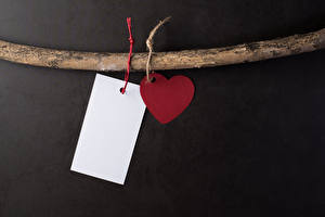 Bilder Valentinstag Grauer Hintergrund Vorlage Grußkarte Ast Herz Blatt Papier