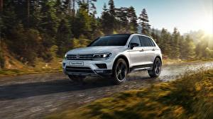 Hintergrundbilder Volkswagen Weiß Bewegung Tiguan Offroad Autos