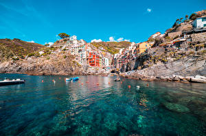 Bilder Boot Italien Gebäude Felsen Riomaggiore, La Spezia Städte