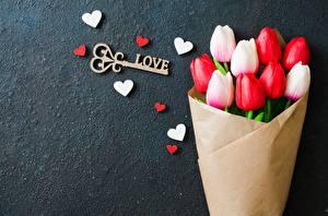 Fotos Blumensträuße Tulpen Wort Englisch Herz Vorlage Grußkarte Schlüssel Blüte