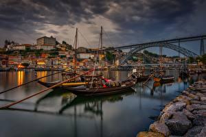 Bilder Brücke Flusse Boot Portugal Abend Waterfront Vila Nova de Gaia Städte