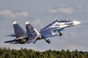 Bilder Flugzeuge Jagdflugzeug Soukhoï Su-30 Starten Russische Su-30SM