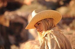 Bakgrunnsbilder Hayley Marie Coppin Uklar bakgrunn Blonde Hatt ung kvinne