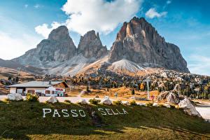 Fonds d'écran Italie Montagnes Texte Alpes Passo Sella, Dolomites Nature