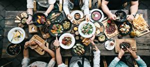 Fotos Viel Von oben Teller Bratpfanne Hand Tisch das Essen