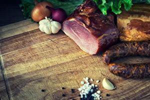 Pictures Meat products Ham Sausage Allium sativum Onion Food