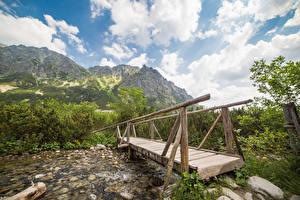 Fonds d'écran Slovaquie Montagne Rivières Ponts En bois Tatras Mountains