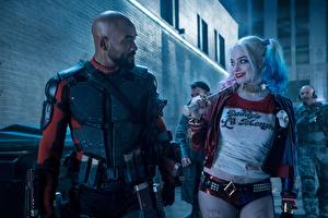 Bilder Suicide Squad 2016 Harley Quinn Held Margot Robbie Will Smith Mann Neger Kahlköpfiger Baseballschläger Deadshot Prominente Mädchens