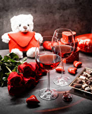 Picture Teddy bear Bouquets Roses Candy Valentine's Day Wine Heart Stemware Flowers