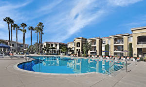 Image USA Spa town Building California Swimming bath Palm trees San Jose