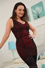 Wallpapers Carla Brown Brown haired Staring Gown Girls
