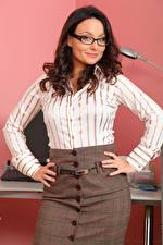 Image Carla Brown Secretaries Brown haired Glance Glasses Hands Pose female