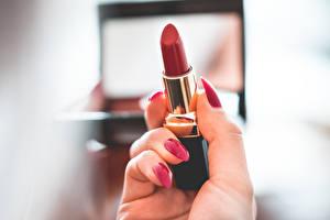 Bilder Hautnah Finger Lippenstift Unscharfer Hintergrund Maniküre