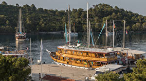 Hintergrundbilder Kroatien Bootssteg Binnenschiff Bucht Pomena Mljet Natur