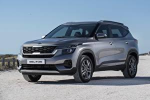 Bilder KIA Graues Metallisch Crossover Kia Seltos EX 2020 Autos