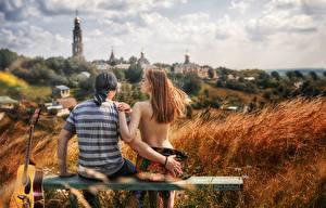 Fotos Mann Auf ein datum date Hinten Rücken Unscharfer Hintergrund Hand Sitzend Bank (Möbel) Yana Arbenina, Vera Kalinkina Natur Mädchens