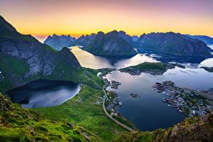 Bilder Berg Lofoten Norwegen Landschaftsfotografie Von oben Bucht Reinebringen, Reine, fjords