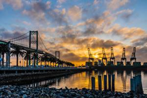 Bilder Vereinigte Staaten Fluss Brücke Abend Los Angeles Bucht Vincent Thomas Bridge Städte