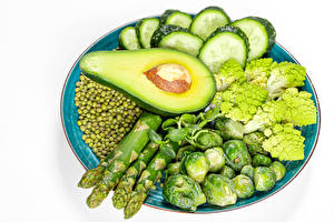 Images Vegetables Cucumbers Avocado Green peas White background Plate Asparagus Food