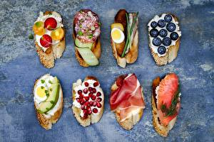 Pictures Butterbrot Blueberries Fish - Food Pomegranate Sausage Egg