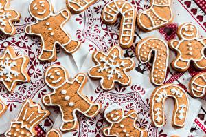 Desktop hintergrundbilder Kekse Backware Neujahr Schneeflocken Lebensmittel