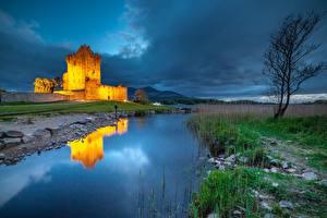 Bilder Irland See Burg Abend Bäume Spiegelung Spiegelbild Ross Castle, Lough Leane Natur