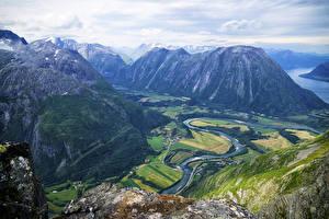 Фотография Норвегия Пейзаж Гора Речка Romsdalseggen Ridge Природа