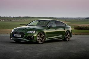 Hintergrundbilder Audi Grün Metallisch RS5 Sportback, 2020 Autos