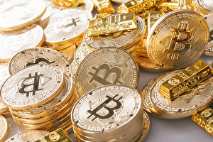 Pictures Closeup Bitcoin Many Money Gold Coins Gold color