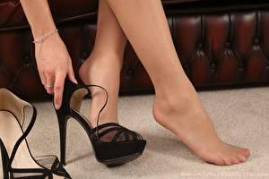 Hintergrundbilder Hautnah Bein High Heels Hand Strumpfhose Mädchens