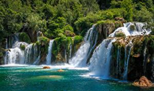 Bilder Kroatien Parks Wasserfall Felsen Krka National Park Natur