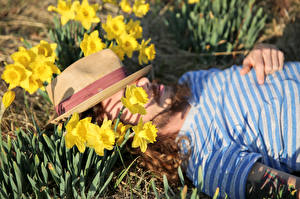 Images Narcissus Man Hat Laying Sleeping flower