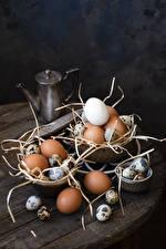 Photo Eggs Straw Food