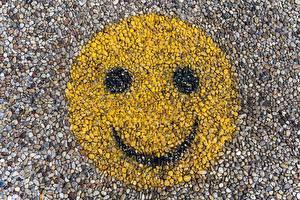 Sfondi desktop Graffitismo Smiley Da vicino Pietre Sorriso Faccia