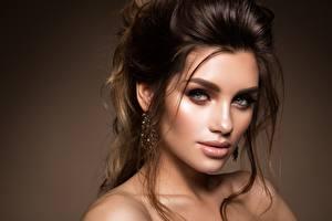 Hintergrundbilder Model Gesicht Blick Schminke Frisur Korabkova Mädchens