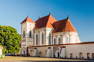 Fotos Litauen Tempel Kirchengebäude Kaunas Trinity Seminary Church