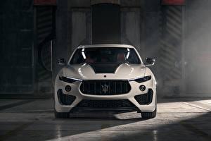 Fotos Maserati Vorne Weiß Metallisch Softroader Rosso, Novitec, 2020, Q4, GranSport, Levante S, Esteso V2