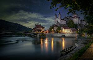 Hintergrundbilder Schweiz Abend Brücken Boot Fluss Burg Waterfront Aare River, Aarburg, Aarburg Castle
