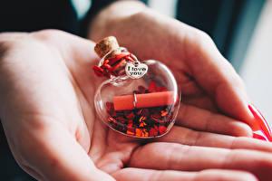 Hintergrundbilder Valentinstag Hautnah Hand Text Englischer Herz