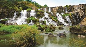 Bilder Vietnam Wasserfall Stein Pongour Falls Natur