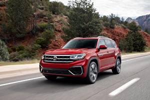 Bakgrundsbilder på skrivbordet Volkswagen Röd Metallisk CUV Går Atlas, 2020 bil