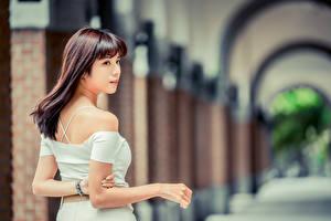 Bilder Asiaten Unscharfer Hintergrund Hand junge Frauen