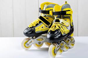 Hintergrundbilder Hautnah Rollschuh Gelb sportliches
