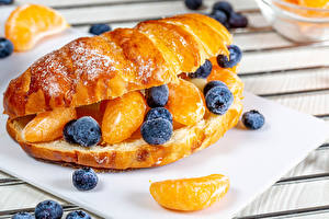 Hintergrundbilder Croissant Heidelbeeren Orange Frucht