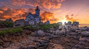 Bilder Frankreich Morgen Morgendämmerung und Sonnenuntergang Küste Leuchtturm Bretagne, Pontusval lighthouse Natur