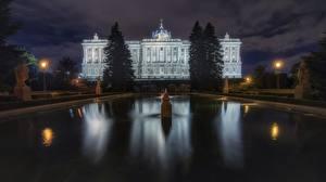 Bakgrunnsbilder Madrid Spania Bygning Fontener Natt Palacio Real en by