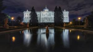 Hintergrundbilder Madrid Spanien Gebäude Springbrunnen Nacht Palacio Real