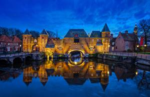 Fotos Niederlande Burg Fluss Pforte Spiegelung Spiegelbild Turm Amersfoort, Koppelpoort, Eem River