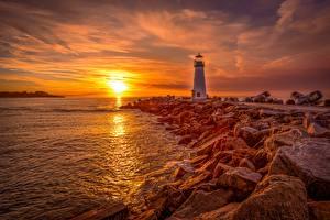 Bilder Morgendämmerung und Sonnenuntergang Leuchtturm Stein Küste Sonne Santa Cruz, Monterey Bay, Walton Lighthouse Natur